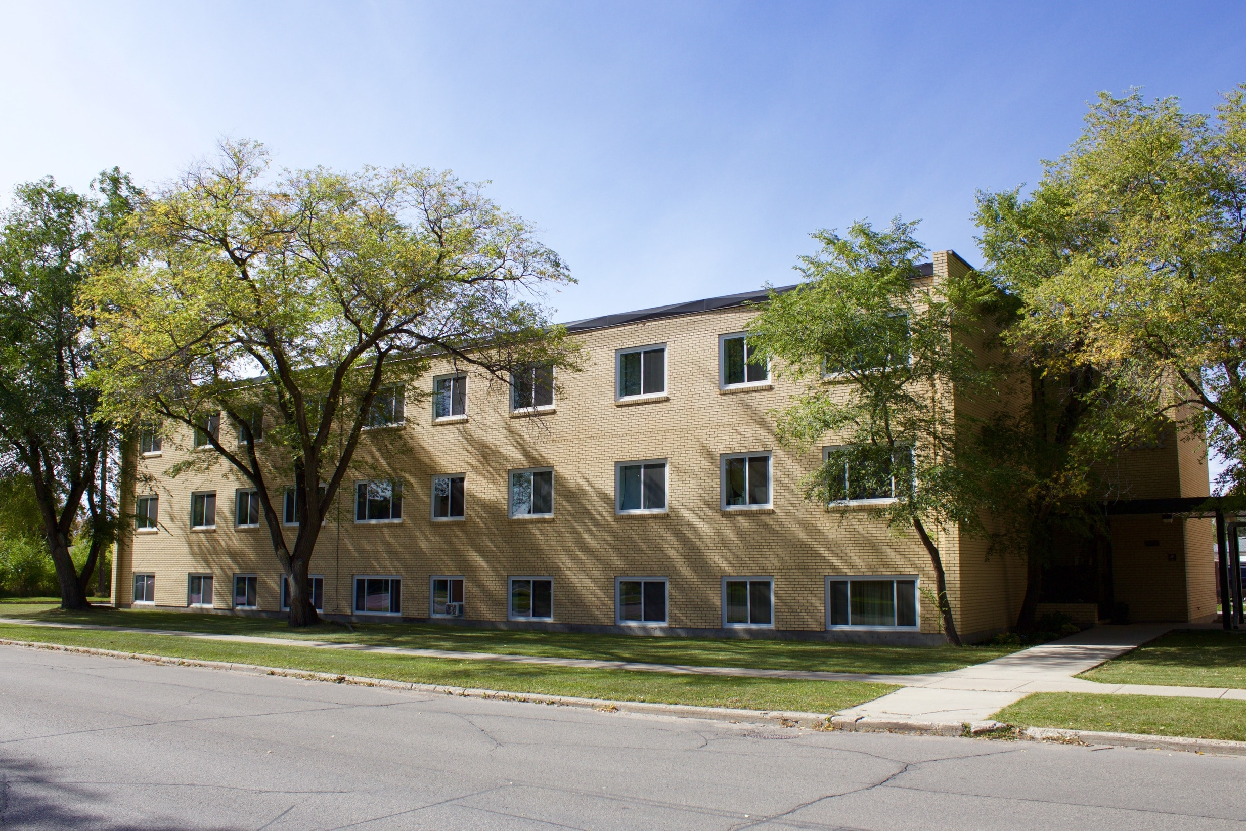 Lady Dale Apartments